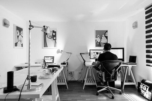 kancelář práce 65